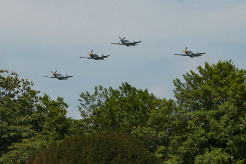 052_2015-05-08_North_American_P-51_Mustangs.jpg