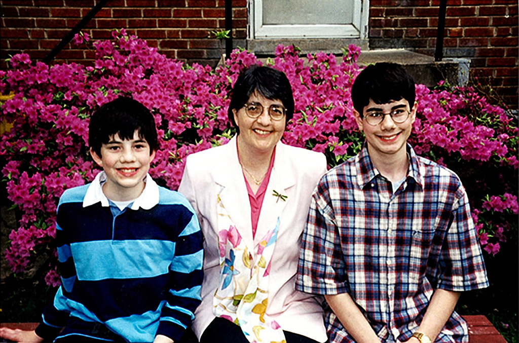 2000-05-15 Happy Mother's Day! Michael, Catherine and Conrad