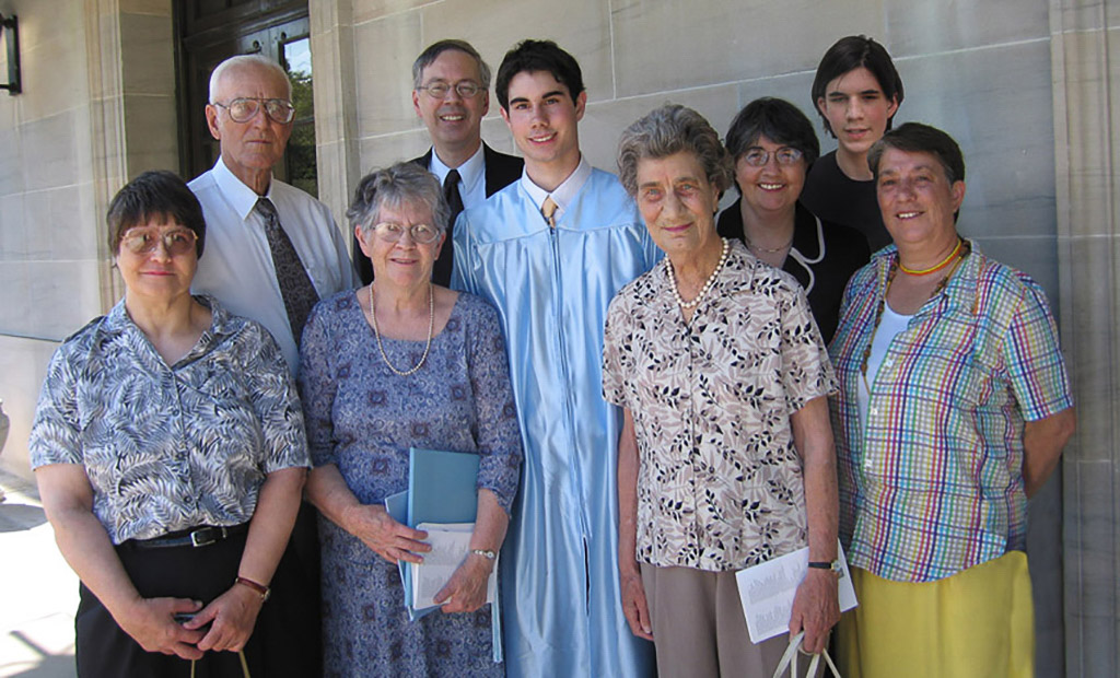 2005-06-23 The High School Grad and  Relatives. Elaine, Dan, Angie, Richard, Conrad, Iris, Catherine, Michael, and Iris