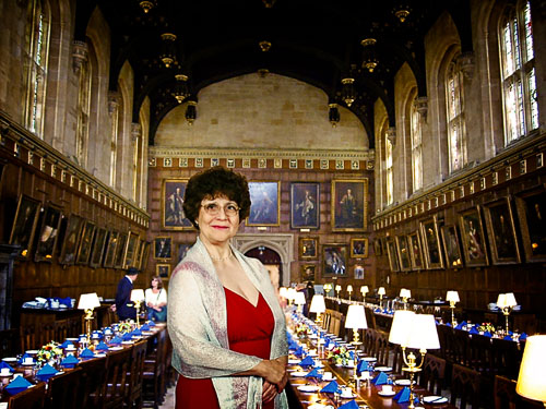 2007-07-28-Elaine-Hogwarths.jpg