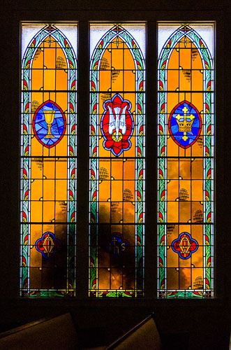 2008-09-28-Retro-2006-06-23-Highland-Church-Stained-Glass-Windows.jpg