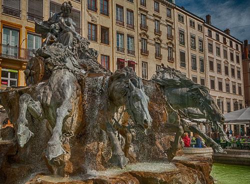 2011-09-24-Lyon-Fontaine-Bartholdi-Lyon.jpg
