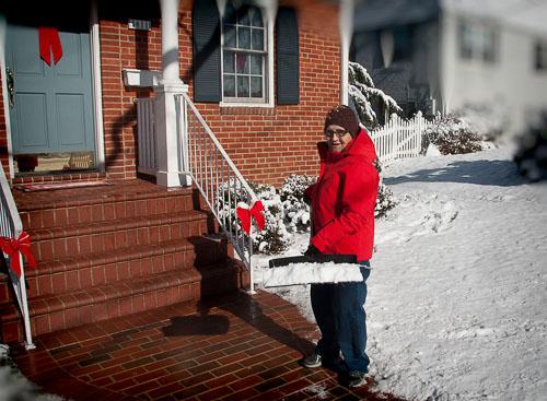 2014-01-03-Elaine-Have-Snow-Will-Shovel.jpg