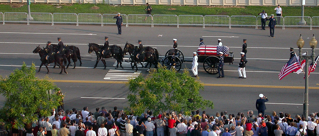 2004-06-09-Reagan-Funeral-Caisson.jpg