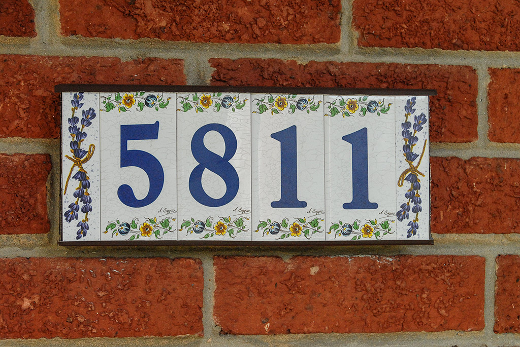 2008-06-21-Provence-House-Number.jpg