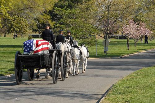 2007-04-23-Arlington-Cemetary-Funeral.jpg