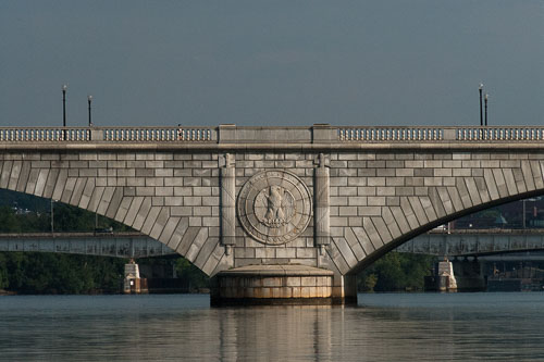 2013-02-25-Retro-2010-07-31-Memorial-Bridge.jpg