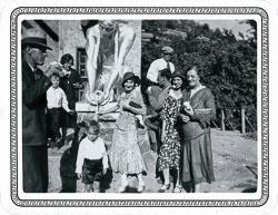 001-01-1931-07-00-Aunt-Lillian-Mornhinveg-Sylvestre-Unk-Sophie-Latour-et-al_DBC_r.jpg